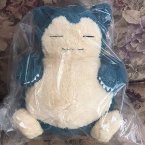NWT Authentic Pokémon Snorlax plushie